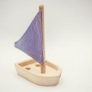 drevena-hracka-lodicka-3