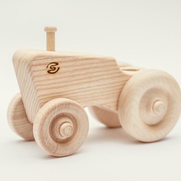 drevena-hracka-traktor-1
