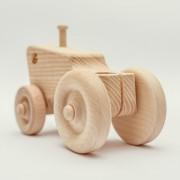 drevena-hracka-traktor-3