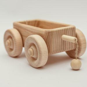 dreveny-vozicek-hracka-1