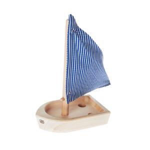 dřevěná hračka lodička